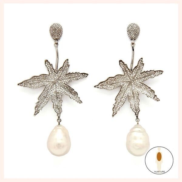 Lighten Up Leaf Earrings - White Pearl