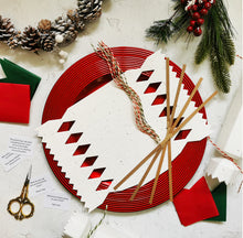 Load image into Gallery viewer, Seed Paper Christmas Crackers - DIY Make Your Own Kit (Pack of 4)