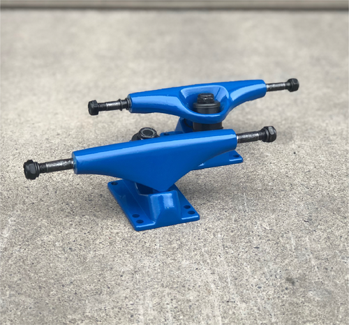 Blank Skateboard Trucks Blue 5.0