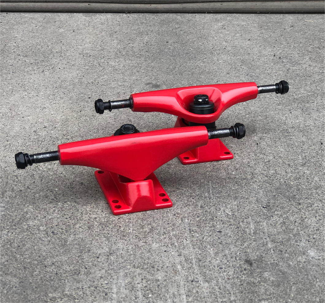 Blank Skateboard Trucks Red 5.0