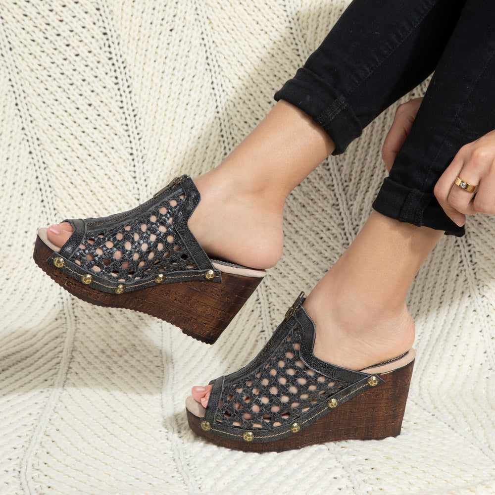 Ginger open-toe platform mule in woven distressed leather