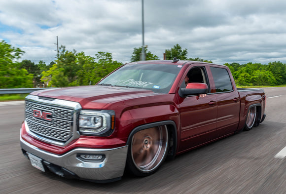 Chris and Manni and their Phat Phabz Bodydropped GMC