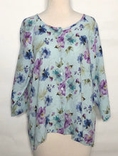 Load image into Gallery viewer, Cut Loose Summer Breeze Collarless Shirt