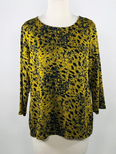 Cut Loose Graphic Animal Print 3/4 Sleeve Boatneck Top