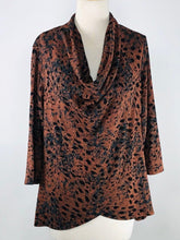 Load image into Gallery viewer, Cut Loose Graphic Animal Print 3/4 Sleeve Cowl Neck Top