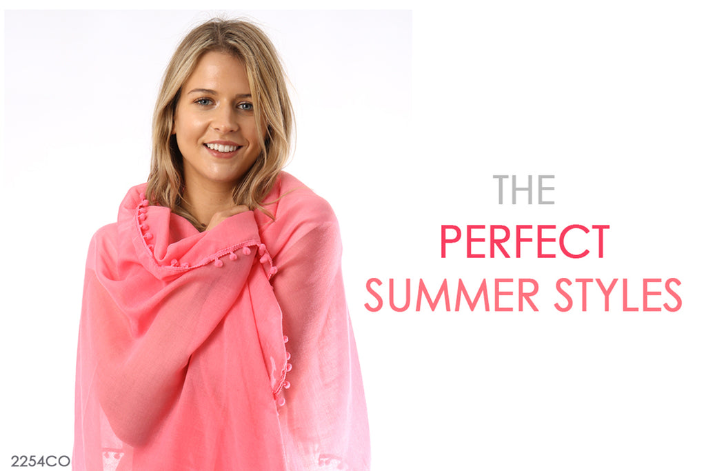 The Perfect Summer Styles - The Pom Poms
