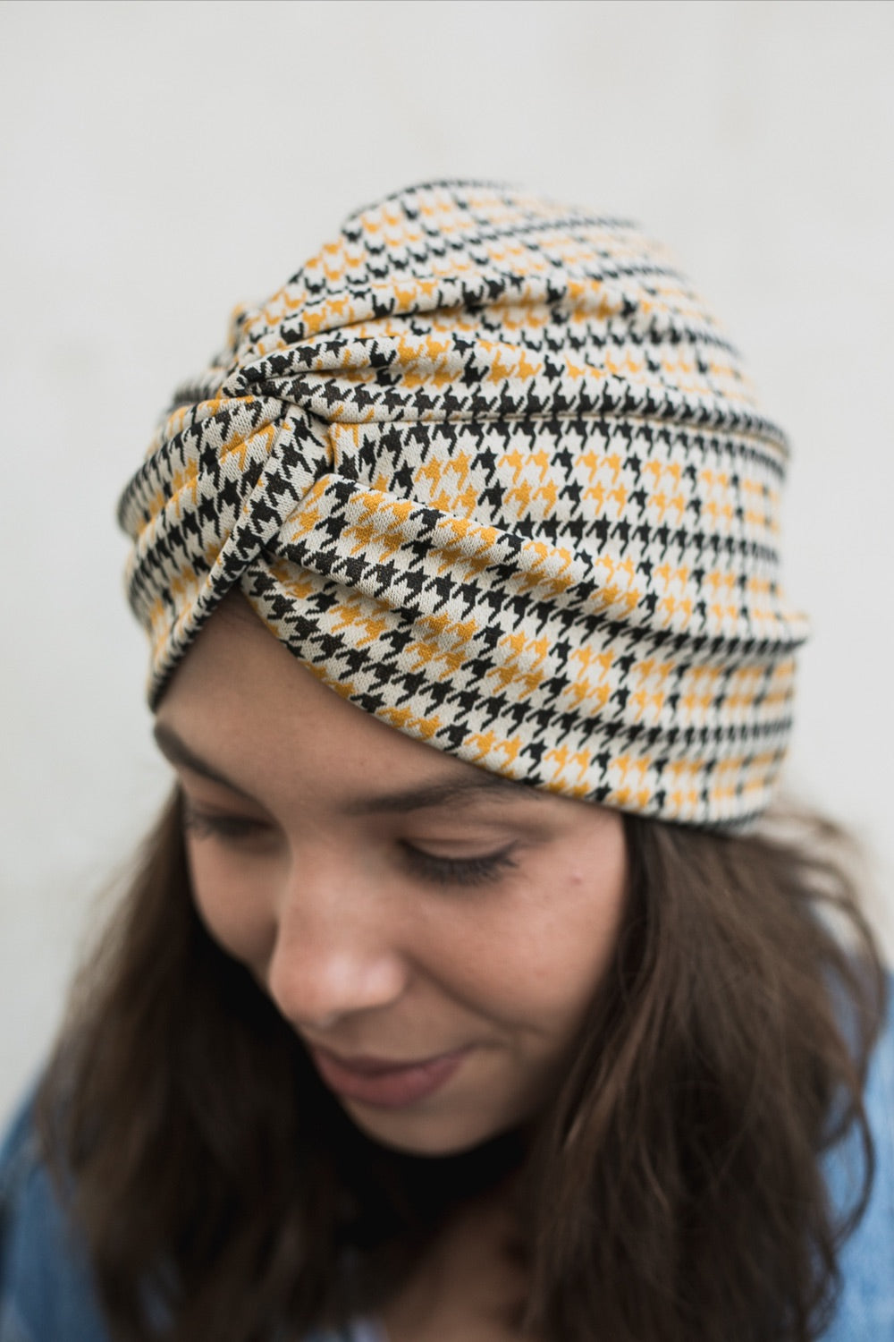 Checkered Crossed Turban