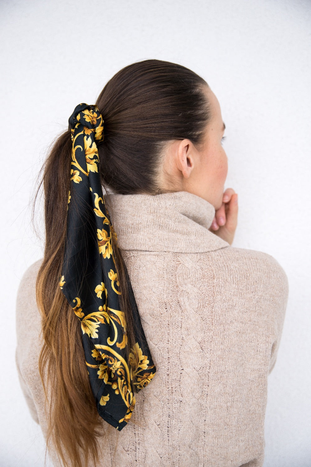 Square Scarf - BLACK