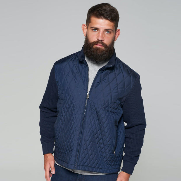 Yachting Quilted Jacket with Contrast Wool Sleeves in Navy Blue - close up
