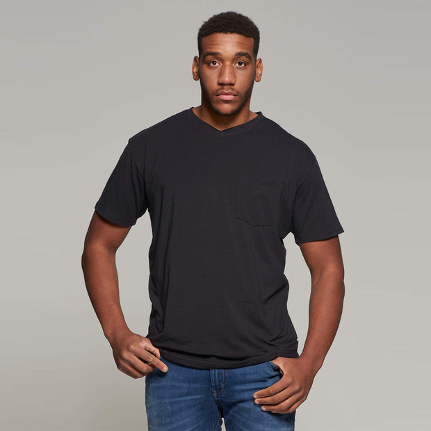 North 56°4 - V neck t-shirt - Black Close Up