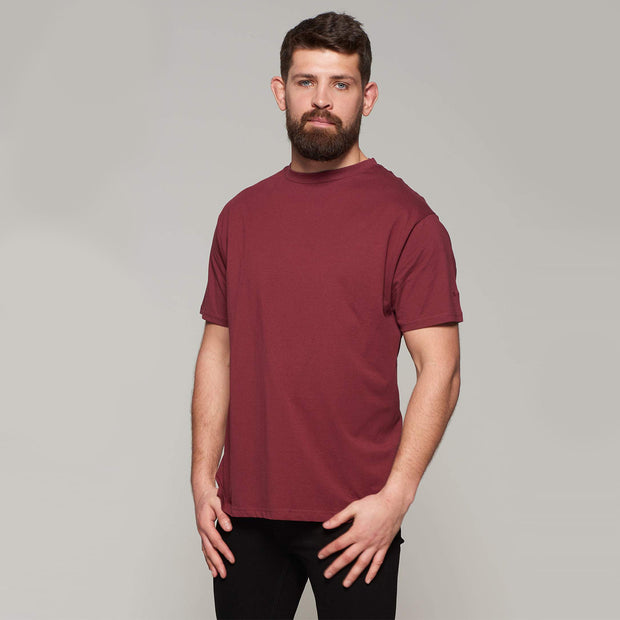 Fortmens model wearing Bordeaux Red Round Neck T-Shirt - Back view