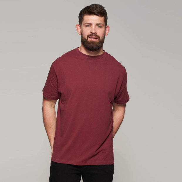 Fortmens model wearing Bordeaux Red Round Neck T-Shirt - Full body