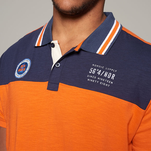 Fortmens model wearing North56 nautical contrast polo shirt in orange - back view