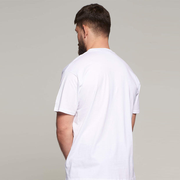 Fortmens model - wearing North 56°4 White round neck - t-shirt - side