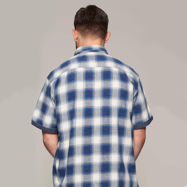 Fortmens model wearing a Replika Blue Checked Short Sleeve Shirt - back view
