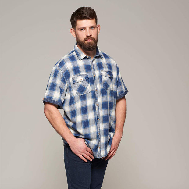 Fortmens model wearing a Replika Blue Checked Short Sleeve Shirt - full body