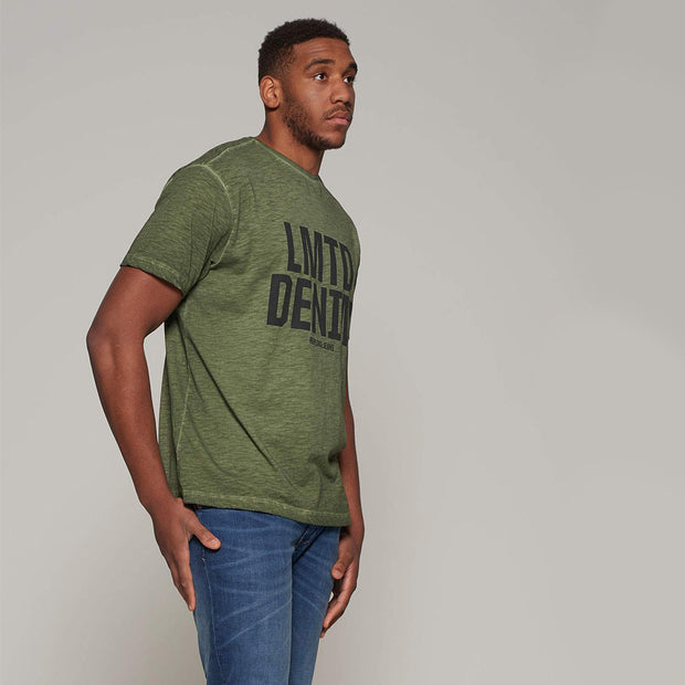 Fortmens model - wearing LMTD Denim Cool Dyed Fashion T-Shirt - Olive Green - Side view