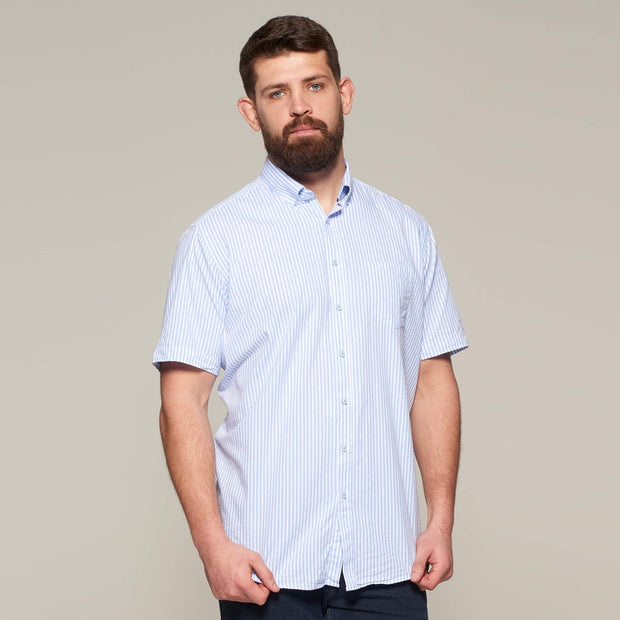 Fortmens model wearing a Casa Moda Blue & White Oxford Stripe Short Sleeve Shirt - front view close up