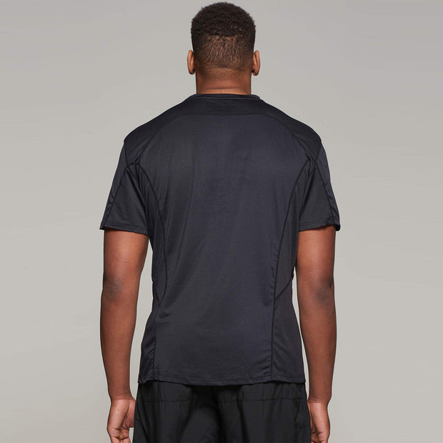 Fortmens model wearing a  North 56°4 Black Sport Running T-Shirt - back view