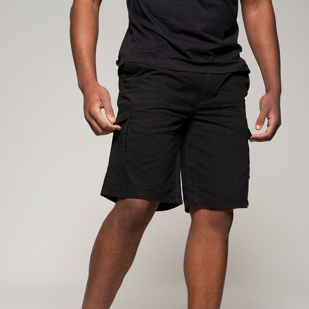 Fortmens model wearing Cargo shorts in black - closer up front view