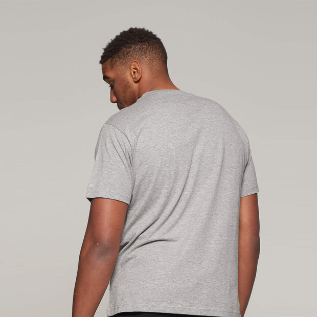 Fortmens model wearing North 56°4 grey round neck t-shirt - back view