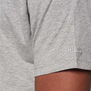 Fortmens model wearing North 56°4 grey round neck t-shirt - close up