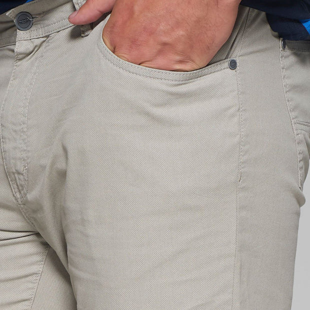 Fortmens model wearing a Redpoint Milton 5 Pocket Chino Beige front/side view