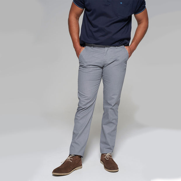 Fortmens model wearing Redpoint Odessa Chino in grey - front view