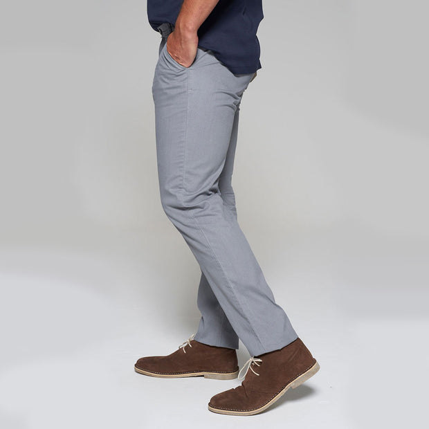 Fortmens model wearing Redpoint Odessa Chino in grey - side view