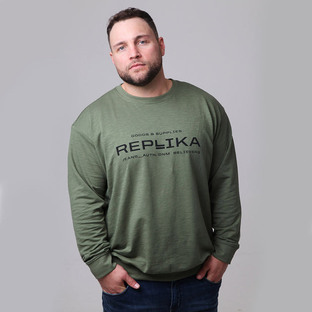 Replika - Vintage Crew Neck Sweatshirt in Green - front view