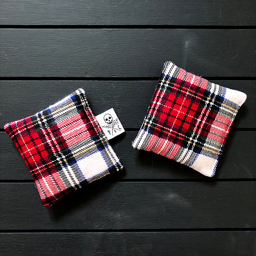 Payne & Comfort - Wicked Warmers- Red Plaid