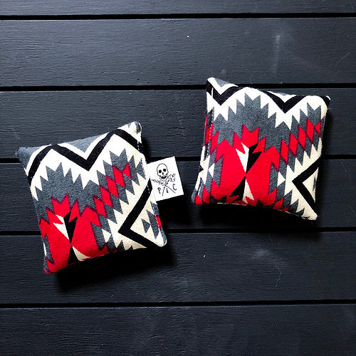 Payne & Comfort - Wicked Warmers- Red Aztec