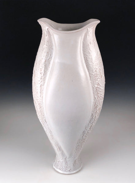 White dendritic Vase