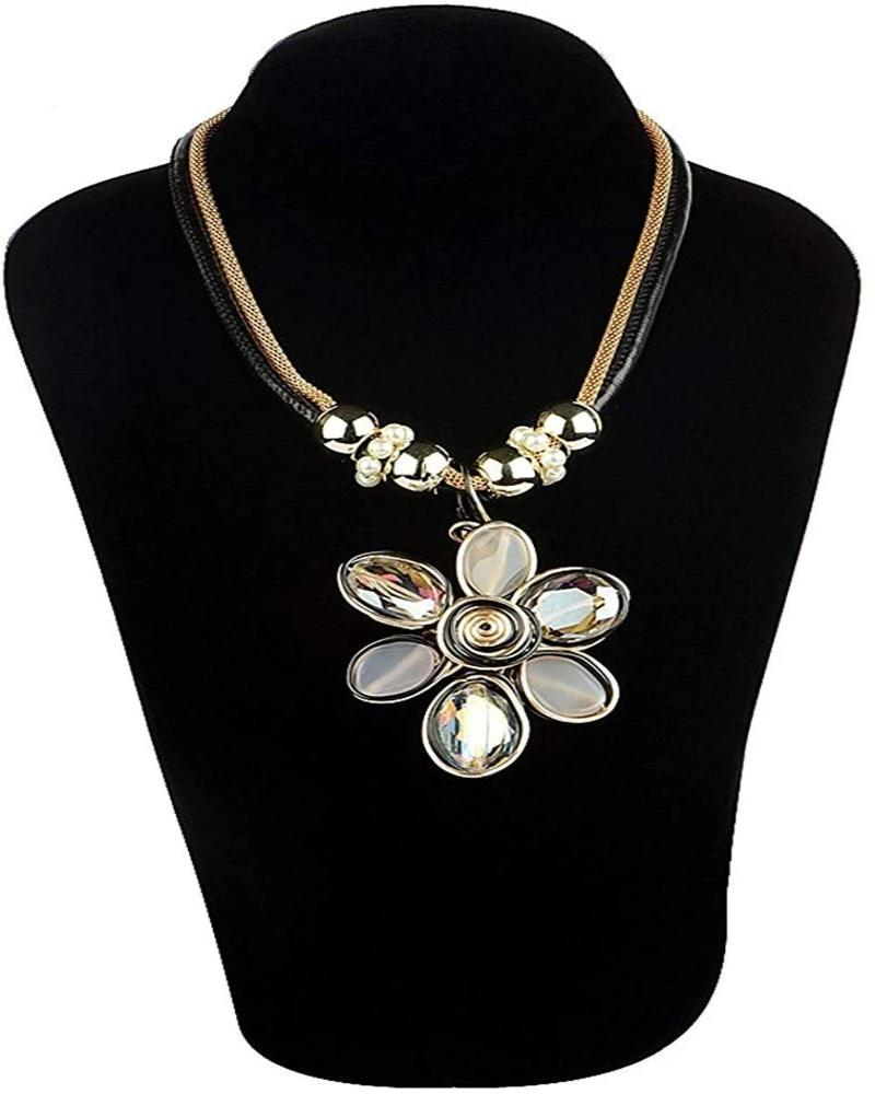 Flower Design with Crystal Pendant Necklace