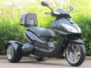 150cc Eagle Trike Moped Scooter