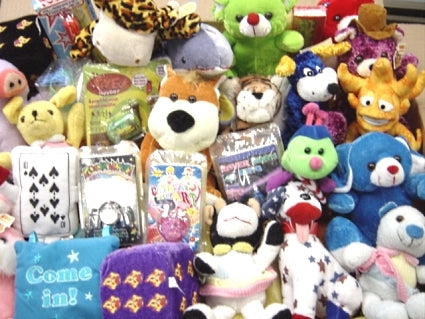 High Quality Plush Toy/Electronics Mix For Crane Machine - 150 Pieces
