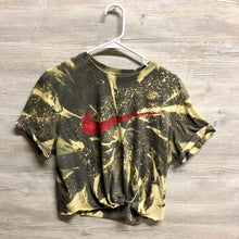 Load image into Gallery viewer, Vintage Nike Shirt