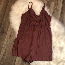 Load image into Gallery viewer, NWT Wild Fable Romper