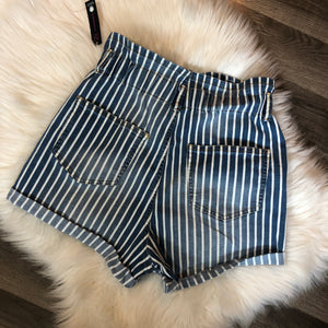 NWT Mom Shorts