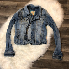 Load image into Gallery viewer, Abercrombie Jean jacket