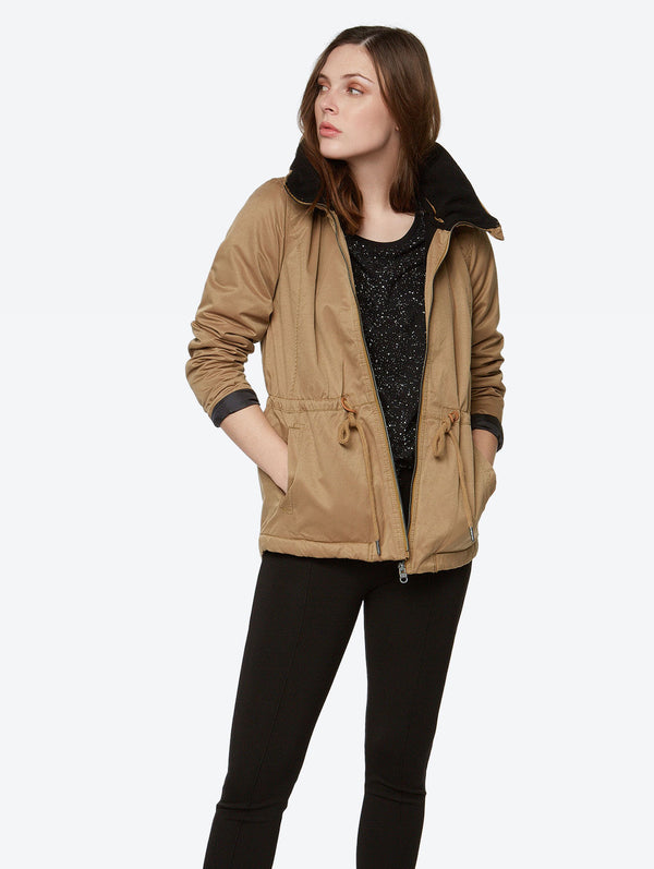 Concise Jacket - Bench Canada