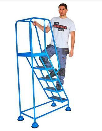 Cupped Feet Safety Steps, 5 Treads Blue - Tidi-Cable Products