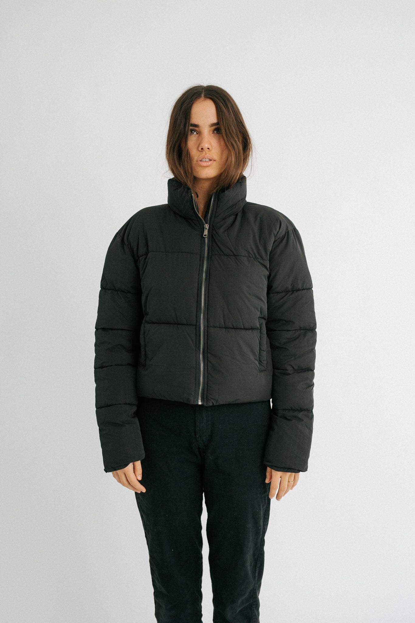 The Cropped Puffer in Black
