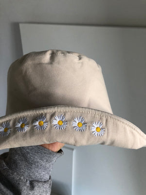 Embroidered Daisy Hat