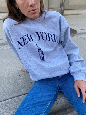 New York Pullover in Gray