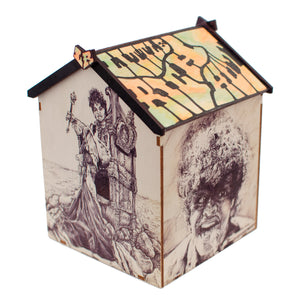 Chum101 Beach Hut: Little Rich Hut (Shrine to the rock n roll divine)