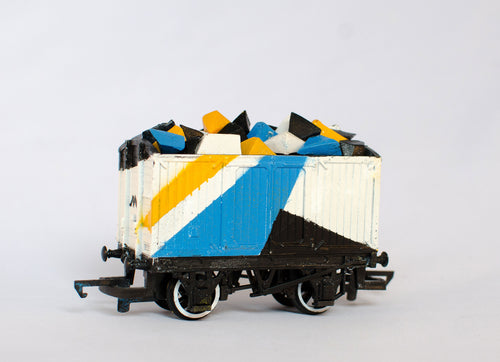 Mark McClure Shape Maker 1 - Train Carriage