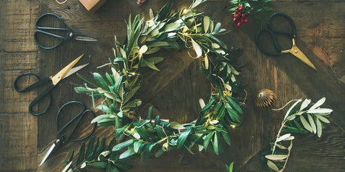 Workshop Christmas Wreath making with bubbles 13 December