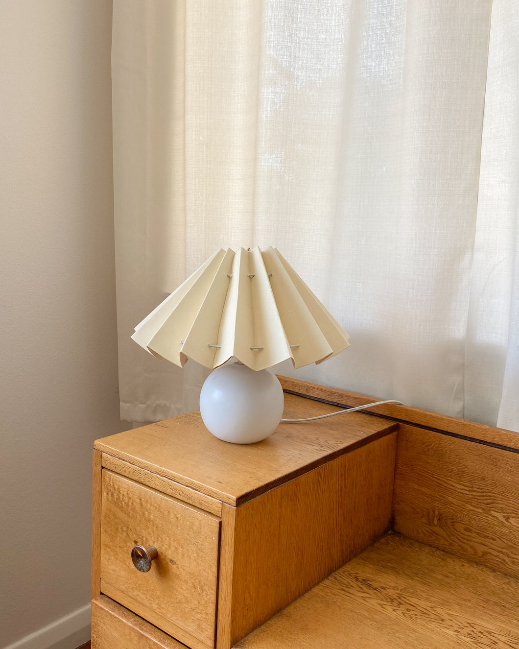 Butter pleated lampshade