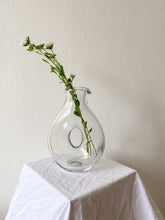 Load image into Gallery viewer, Glass Loop Vase